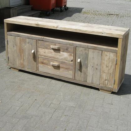 Steigerhout meubel 39 felm 39 steigerhouten meubelen for Steigerhout tv meubel maken