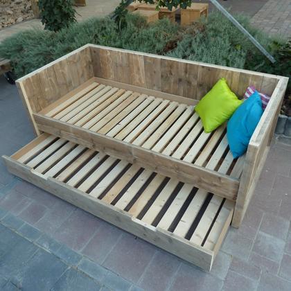 Steigerhouten bedbank 39 lohme 39 steigerhouten meubelen for Bed van steigerhout maken