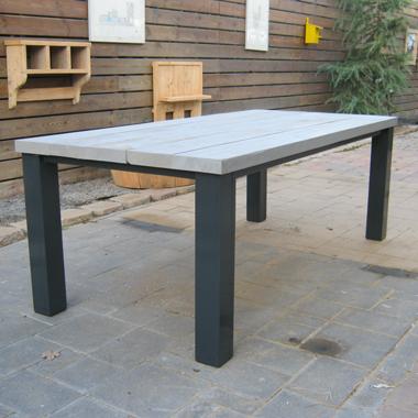 Grijs steigerhout tafel