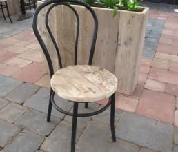 staal-met-steigerhout-stoel-rene