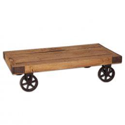 Stoere salontafel op wielen.